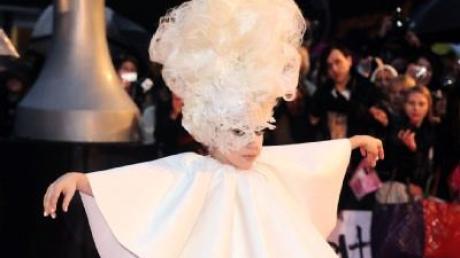 Prinz Harry will mit Lady Gaga ausgehen
