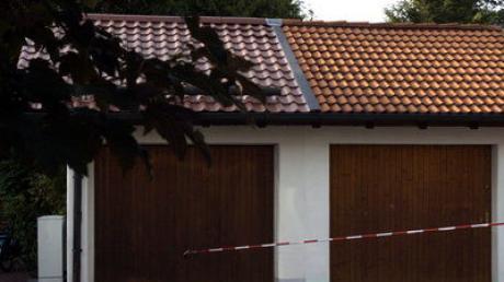 In einer Garage in Dasing explodierte ein Ladegerät samt Akku. Laut Polizei wurde niemand verletzt.
