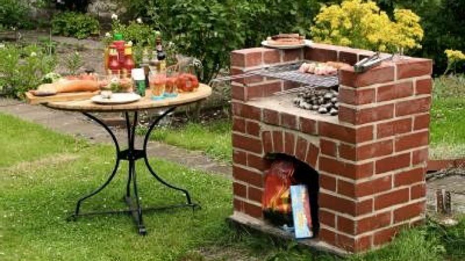 Wie Man Den Grillplatz Im Garten Selbst Baut Bauen Wohnen