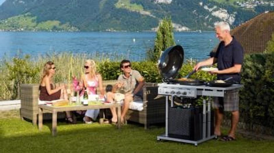Outdoor Küche Kugelgrill : Feuererlebnis oder outdoorküche: die neuen grillgeräte bauen
