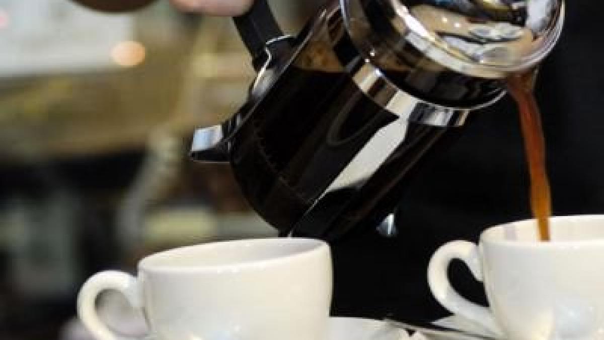 Besser keine koffeinhaltigen Getränke für Kinder - Gesundheit ...