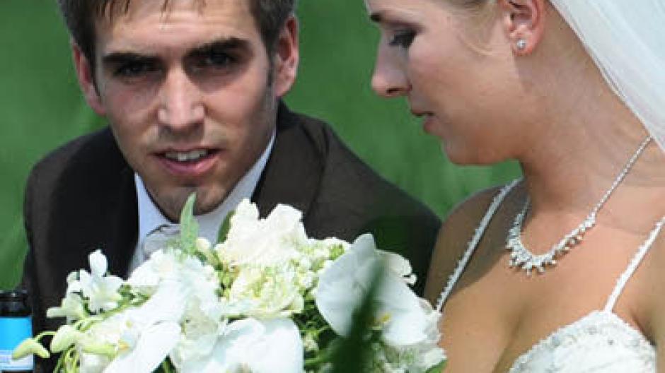 Ja Wort Philipp Lahm Hochzeit Mit Kalb Und Fendrich Sport News