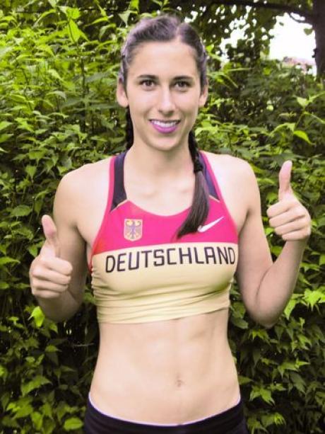 Anne Rieger Im Nationaltrikot Sport Augsburg Land Gersthofen
