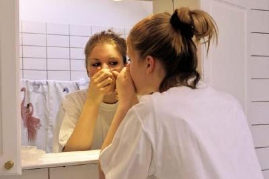 Andere die als brust pubertät größer eine Brustwarzen werden