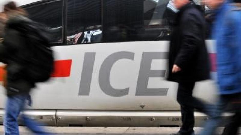 Bahn Will Durchsagen Auf Englisch Reduzieren Reise