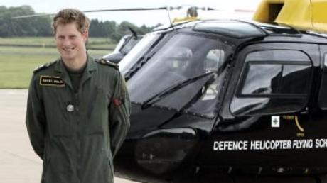 Prinz Harry wird 26 und fliegt Hubschrauber