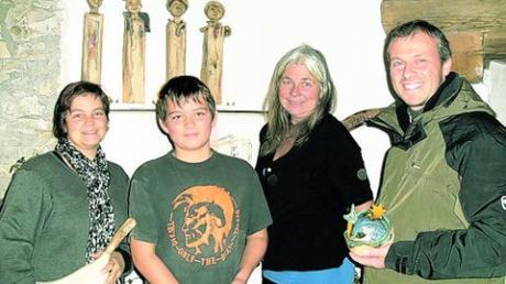 Andrea Mertens-Patrick (2. von rechts) mit der Ursberger Familie. Foto: ohon