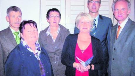Kreis-SPD informiert sich bei Hospizgruppe St. Raphael