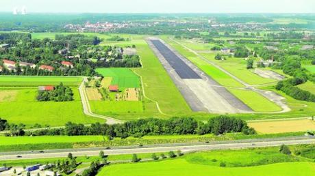 Die Umwandlung des Fliegerhorstes in ein Gewerbegebiet darf nach Überzeugung der CSU nicht zu einer zusätzlichen Verkehrsbelastung der Günzburger Unterstadt führen. Archiv-Foto: Weizenegger