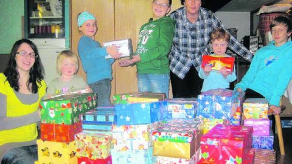 Schuhkarton Weihnachten.Fur Kinder Kommt Weihnachten Im Schuhkarton Nachrichten