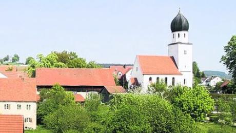 Neue Töne werden demnächst vom Glockenturm der Kirche St. Verena in Sulzbach erklingen. Foto: ech