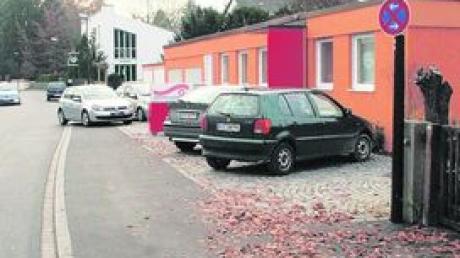 Parkplätze für Ärztehaus ausgebremst