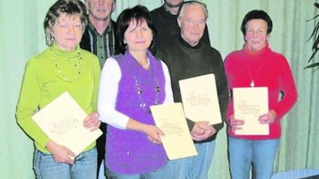 Pfarrei Sielenbach ehrt Sänger