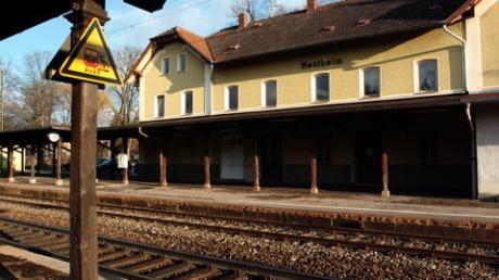 Westheimer wollen sofort alten Bahnhof kaufen