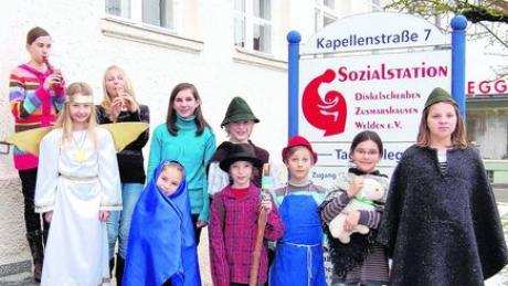 Kindertheater erfreut Senioren in Zusmarshausen