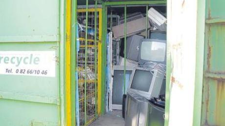 Alleine in Bad Wörishofen stehen zwei Container für die Entsorgung von Elektroschrott bereit.