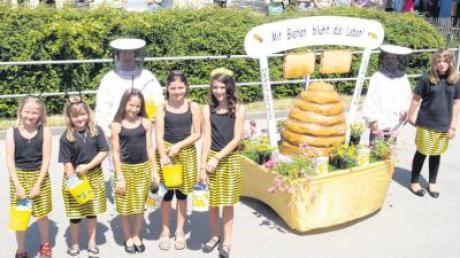 Auch diese flotten Bienen summten im Umzug mit. Imkerverein und Kinderchor Breitenbrunn waren für die Zugnummer verantwortlich.
