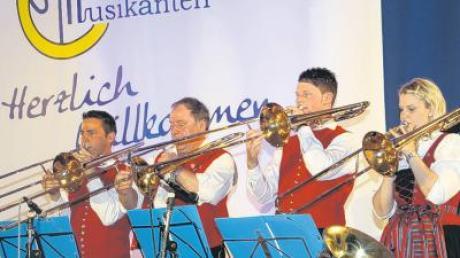 Die Breitenbrunner Musikanten (im Bild) belegten beim musikalischen Wettstreit den zweiten Platz. Das gesamte Bezirksmusikfest war ein voller Erfolg, darüber können sich die Organisatoren wirklich auf die Schultern klopfen.
