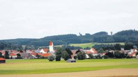 Die Lage Breitenbrunns ist bereits schön. Bald soll das auch für die Ortsmitte gelten, deren Umgestaltung sich die Gemeinde einiges kosten lässt.
