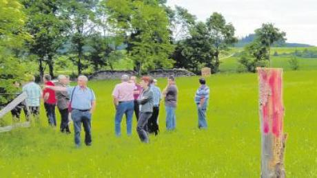 Ortstermin in Eppishausen: Die Gemeinderäte sprachen über den Antrag eines jungen Handwerksmeister, der seinen Betrieb im Ort ansiedeln will.