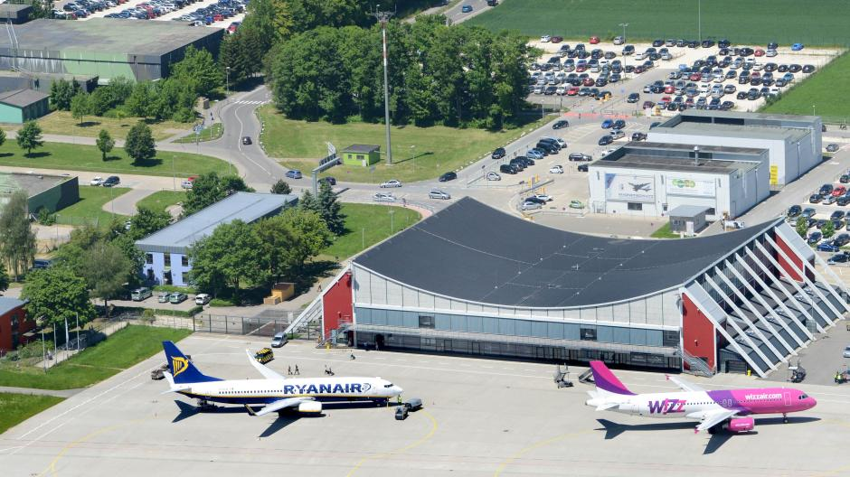 Memmingen Warum Vom Allgäu Airport Kein Flugzeug Mehr Nach