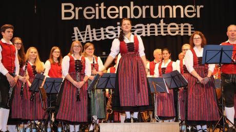 Mit einem abwechslungsreichen Programm sowie Talent und Spielfreude überzeugten die Breitenbrunner Musikanten unter der Leitung von Daniela Seitz beim Jahreskonzert im Haus der Vereine.