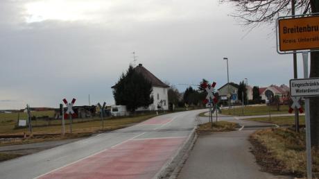 An der Bahnhofstraße in Breitenbrunn ist bis 2020 eine halbseitige Schrankenanlage geplant.