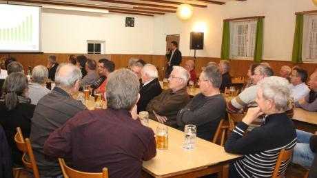 Bei der Bürgerversammlung diskutierten die Amberger Bürger aufmerksam mit. Sie fragten auch nach Maßnahmen zum Gewerbesteuerskandal.