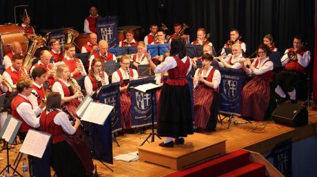 Das Jahreskonzert der Breitenbrunner Musikanten lockte wieder zahlreiche Zuhörer ins Haus der Vereine und die Gäste wurden mit feinster Blasmusik belohnt.