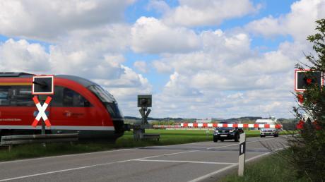 Die Bahn hat eine Schranke ersetzt, die demoliert worden war.