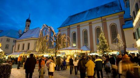 Seit dem 5.12.2019 präsentiert sich im historischen Kern von Mindelheim der Advent. Infos rund um Öffnungszeiten und Termine: hier.