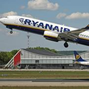 Copy%20of%202_x_Ryanair.jpg