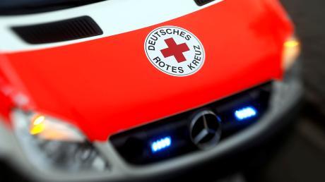 Rettungskräfte waren am frühen Sonntagmorgen in Ettringen im Einsatz.