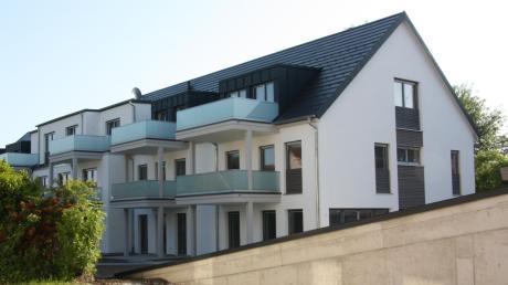 """Das Mehrgenerationenprojekt """"Soziale Mitte"""" in Ettringen wird in Kürze fertiggestellt sein. Die Gemeinde ist Eigentümer zweier Wohnungen und des Servicezentrums innerhalb der Anlage. Knapp 263 000 Euro werden hierfür noch im Haushalt 2019 eingeplant."""