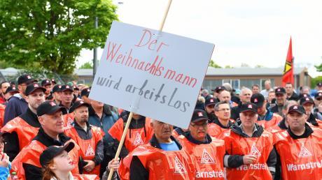 Im Mai streikten Hunderte Beschäftigte der Firma Wanzl.