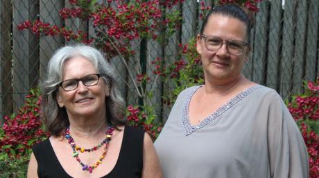 Zwei Autorinnen richten einen Weckruf an die Frauen: Marion Schilcher (links) und Andrea Ritter aus Bad Wörishofen.