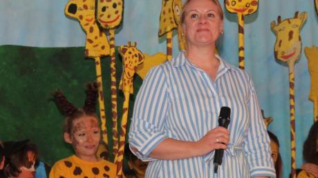 Schulleiterin Katja Weber beim furiosen Finale.