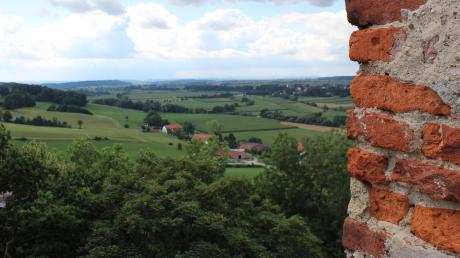 So idyllisch zeigt sich das Unterallgäu vom Römerturm bei Oberschönegg aus.