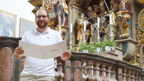 Der Musiker und Theologe Johannes Steber aus Mindelheim hat eine 15-minütige Ulrichsmesse komponiert. Noch ist das Werk nicht uraufgeführt. Im Augenblick möchte Steber das Werk einspielen und bei einem Verlag veröffentlichen.