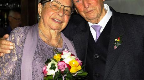 Seit 65 Jahren gehen Franziska und Erwin Baumeister aus Markt Wald gemeinsam durchs Leben.