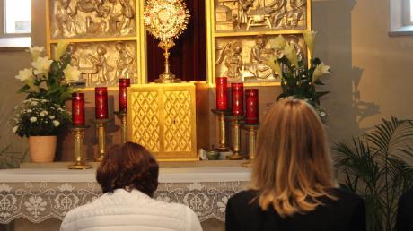 Rund um die Uhr wird in Türkheim gebetet, das nun schon seit 20 Jahren. Der Anstoß dazu kam aus den USA, wo sich die Türkheimer ein Beispiel nahmen.