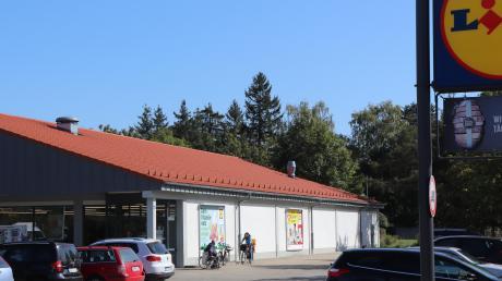 In das Gebäude soll nach dem Neubau ein Drogeriemarkt einziehen.