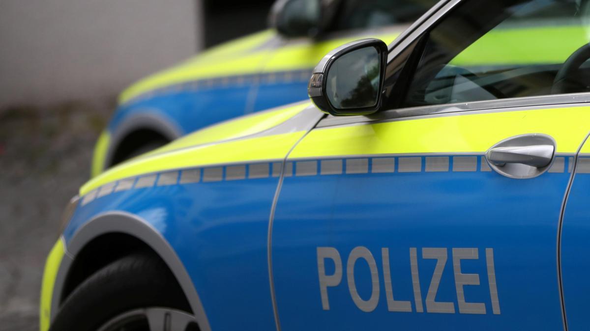 Fahrer rammt Dachrinne in Bellenberg und flüchtet - Augsburger Allgemeine