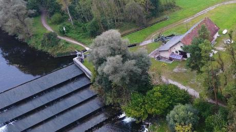 Am Walterwehr an der Wertach bei Türkheim will die Bayerische Landeskraftwerke GmbH ein neues Wasserkraftwerk bauen. Dagegen laufen Naturschützer und die Wertachfreunde Sturm.