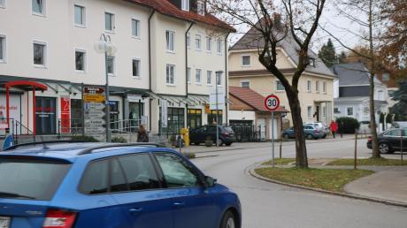 Vor der Postagentur in Bad Wörishofen komme es immer wieder zu gefährlichen Situationen durch Rangiermanöver auf der viel befahrenden St.-Anna-Straße. Das war bei der Bürgerversammlung zu hören.