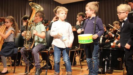 Kinderkonzert zum Jubiläum: Der Nachwuchs der Orchestermitglieder konzertierte für seine Eltern.
