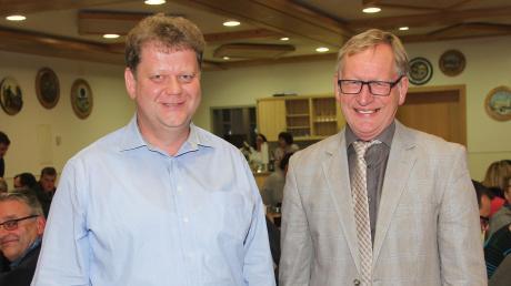 Hans Egger (rechts) tritt als Bürgermeister von Salgen ab. Roland Hämmerle könnte sich vorstellen, sein Nachfolger zu werden.