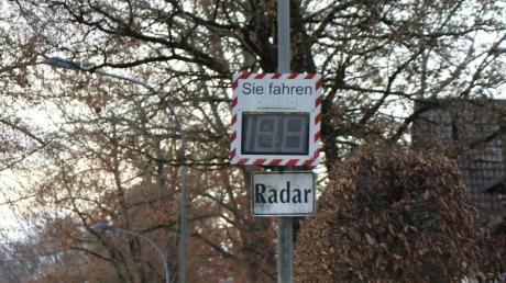 Mit Messtafeln und mit Blitzern wird in Bad Wörishofen das Tempo in der Innenstadt kontrolliert.