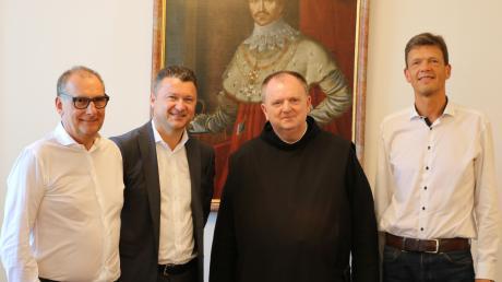 Rolf Bläsius (von links), Werner Schilcher, Frater Benedikt Hau und Ansgar Dieckhoff bei einem gemeinsamen Termin im Juni in München.
