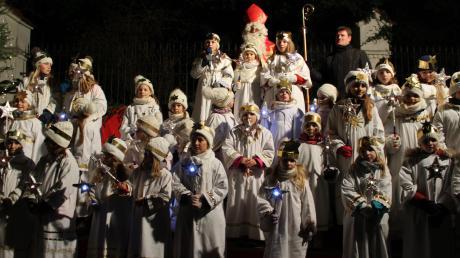 Der Kirchheimer Adventszauber ist für seine große Engelsschar bekannt. Doch der Besuch des Nikolaus' ist nicht der einzige Programmpunkt des zweitägigen Adventsspektakels.